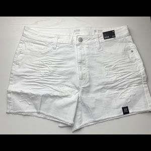 a.n.a Women Denim White Shorts With A Star Accent